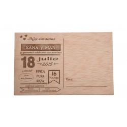 invitación de madera postal