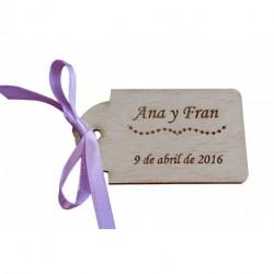 etiqueta personalizada de madera para detalles de boda