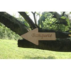 flecha madera banquete bodas