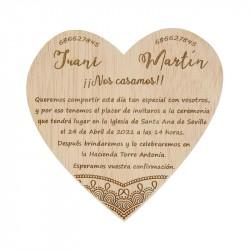 invitación de madera corazón